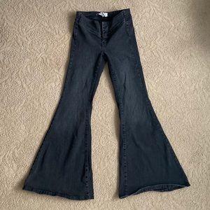 Flare/ Wide leg jeans